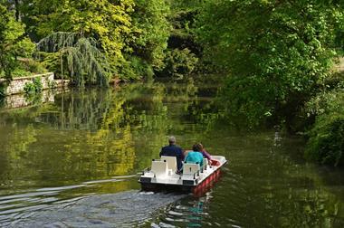 Freizeitaktivitäten für Paare   Tretboot-Tour