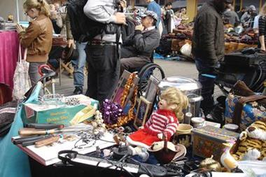 Freizeitaktivitäten für Paare   Flohmarkt