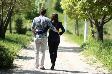 Freizeitaktivitäten für Paare   Gemütlicher Spaziergang