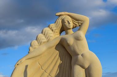 Sandskulptur bauen